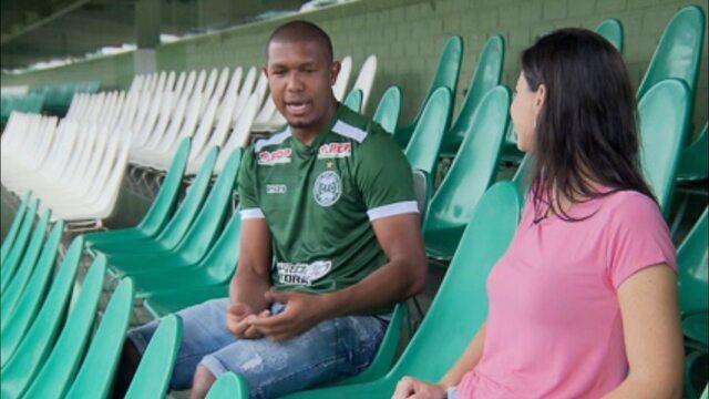"""Rodrigão fala sobre humildade e carisma: """"Você não vai me ver se eu não tiver sorrindo"""""""