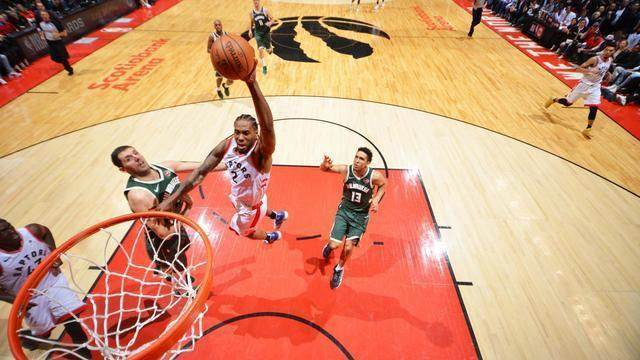 Top 5: Confira as melhores jogadas da rodada de domingo na NBA