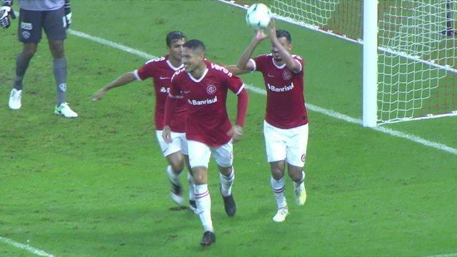 Os gols de Internacional 3 x 1 Paysandu pela Copa do Brasil