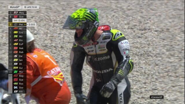 Cal Crutchlow cai e deixa a MotoGP
