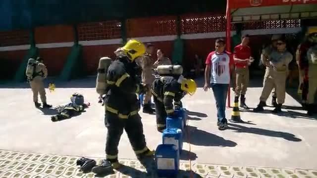 Bombeiros fazem Desafio Técnico Profissional em Vilhena, RO