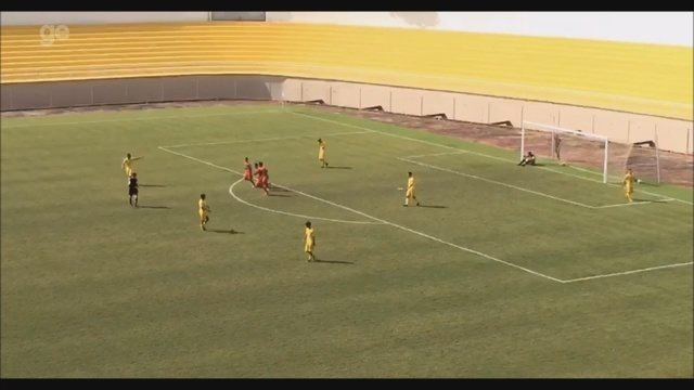 No Acre, jogador do Humaitá marca de antes do meio-campo em partida do estadual sub-20