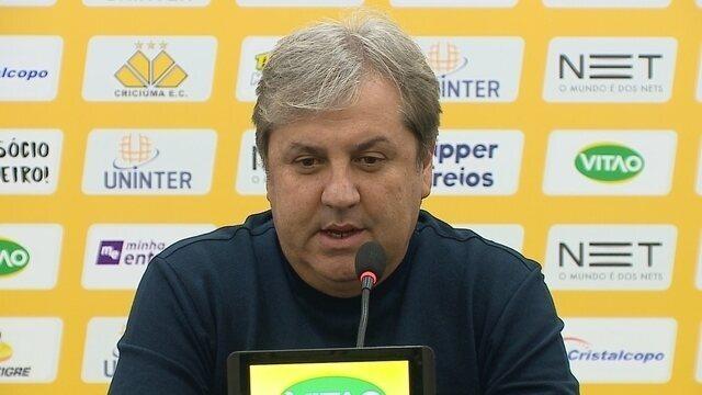 Gilson Kleina deixa o Criciúma; confira a entrevista coletiva