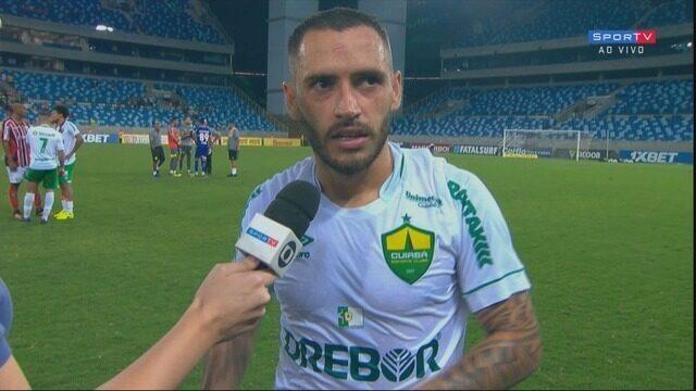 O volante Jean Patrick fala após a vitória do Cuiabá sobre o Botafogo-SP