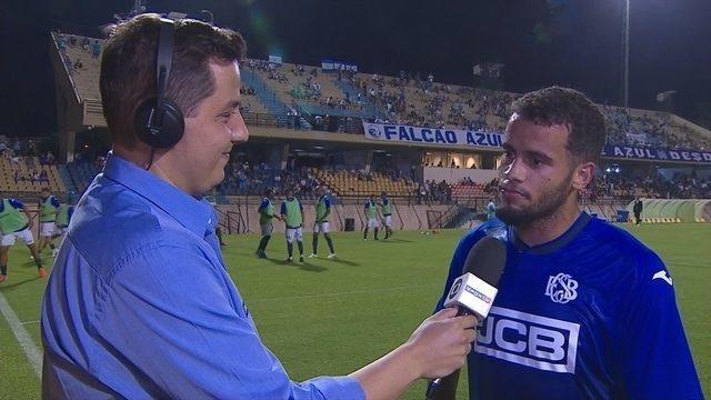 Rodolfo fala sobre primeiro gol de cabeça no intervalo