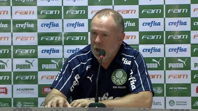 Coletiva de imprensa do técnico Mano Menezes