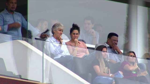 Pia Sundhage assiste a final do Paulistão Feminino ao lado da ex técnica da Seleção, Emily Lima