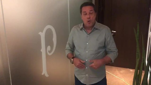 "Vanderlei Luxemburgo manda recado à torcida do Palmeiras: ""Vamos brigar por títulos"""