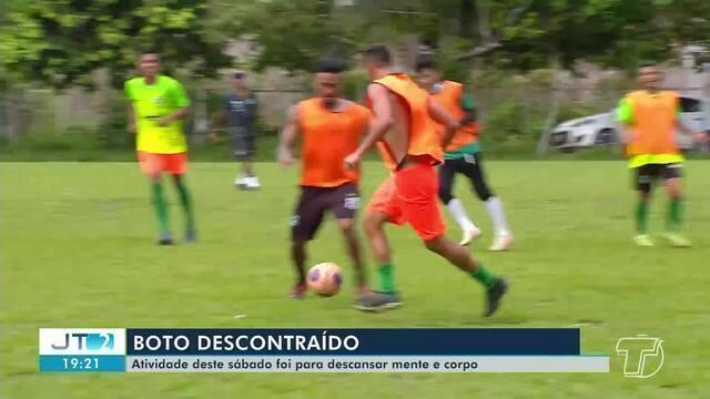 Tapajós realiza treino descontraído antes do jogo de domingo