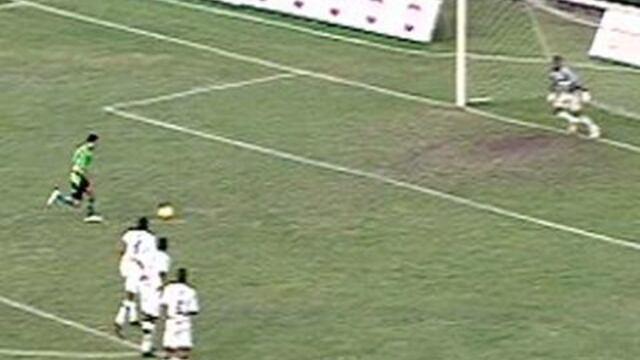 BLOG: Pênalti à la Cruyff: cobrança de Messi e Suárez já foi usada outras vezes