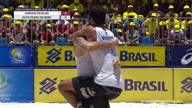 Vinicius e Hevaldo vencem a decisão do Circuito Brasileiro de Vôlei de Praia
