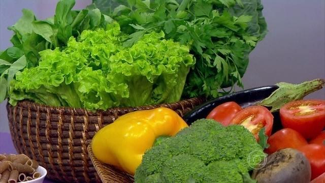 Resultado de imagem para carpinteira frutos e legumes eroticos