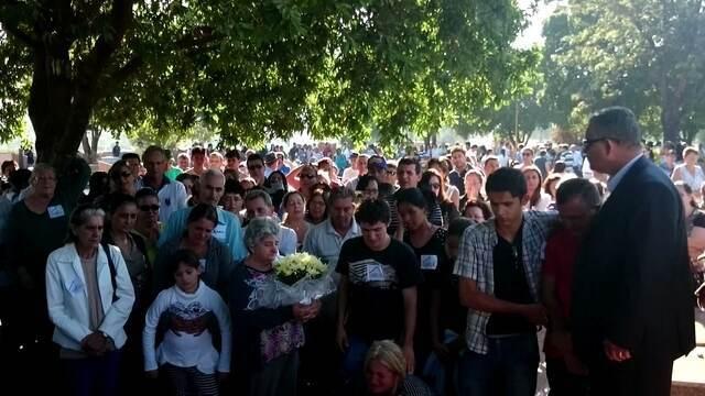 vitimas-do-acidente-com-estudantes-sao-enterradas-em-borborema