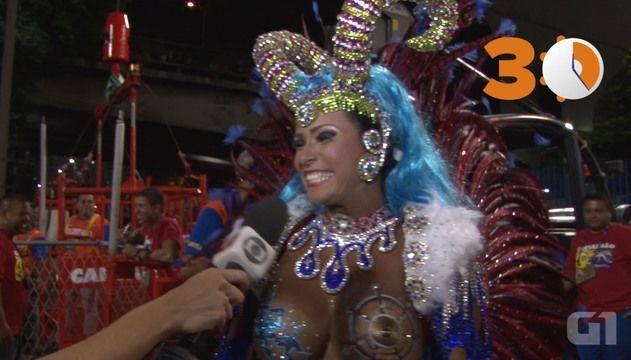 sexo a tres sexo no carnaval