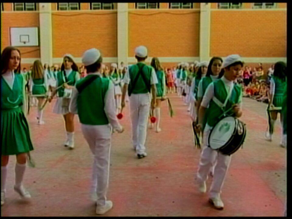 A banda marcial da Escola Nossa Senhora de Fátima se prepara