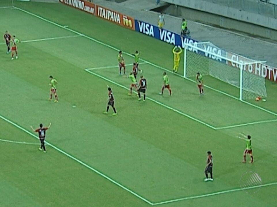 Vitória empata com Salgueiro e é eliminado da Copa do Brasil - G1 Bahia -  Jornal da Manhã - Catálogo de Vídeos 7c491cb80b3d2