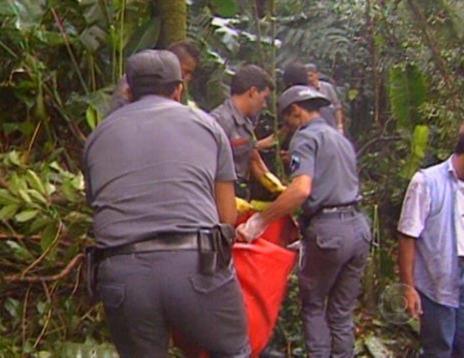 Memória Globo Fantástico Resgate Dos Corpos Dos Mamonas Assassinas 1996 Globo Tv
