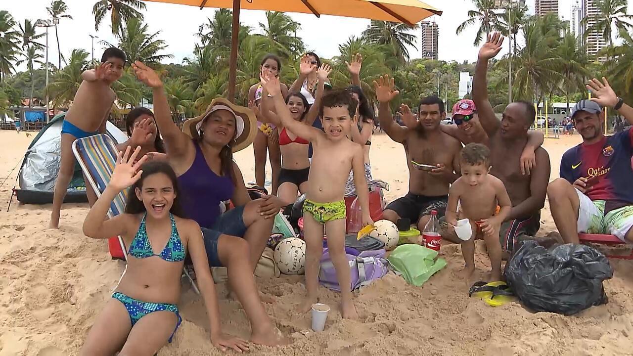 Família adota estilo naturista na PB e   BOL Vídeos