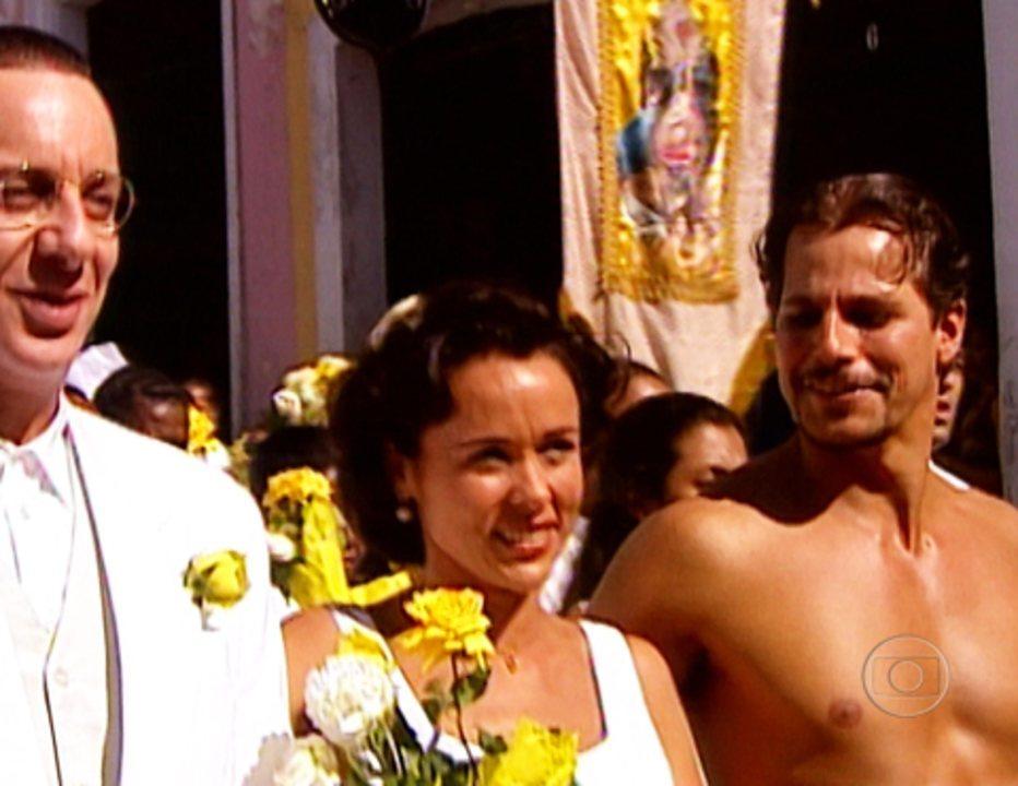 Memoria Globo Dona Flor E Seus Dois Maridos Triangulo Em Paz