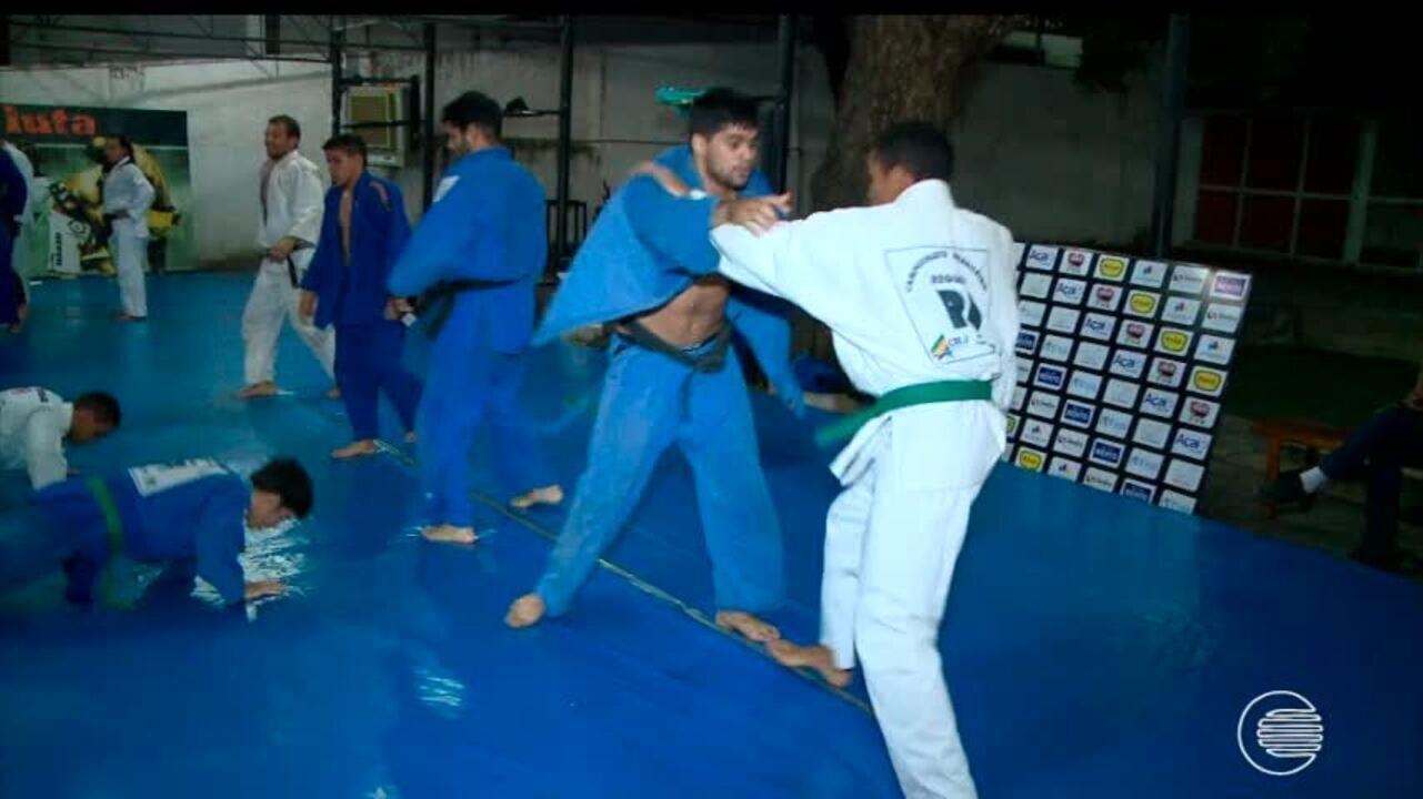 Judocas piauienses disutam grand prix de jud em s o paulo for Catalogo grand prix
