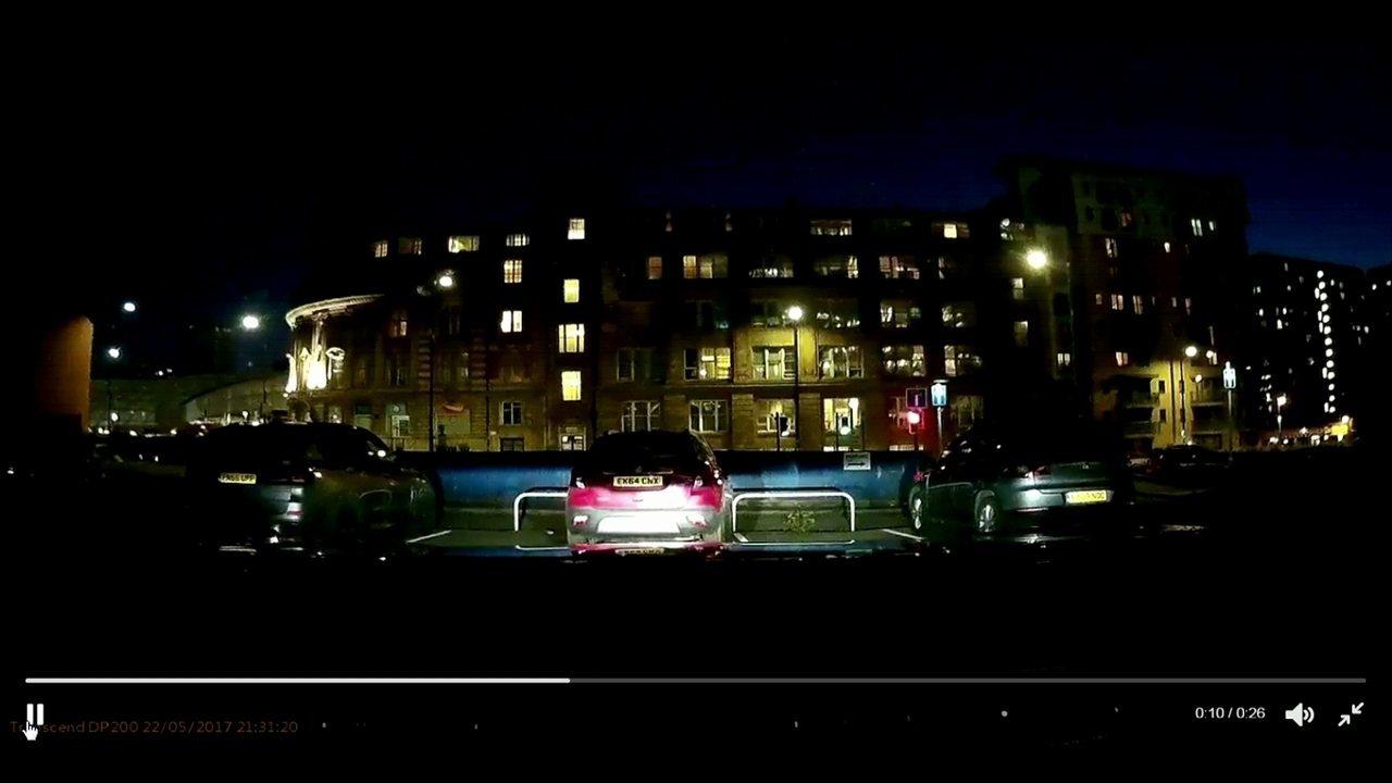 Vídeo registra momento da explosão em show da cantora Ariana Grande na Inglaterra
