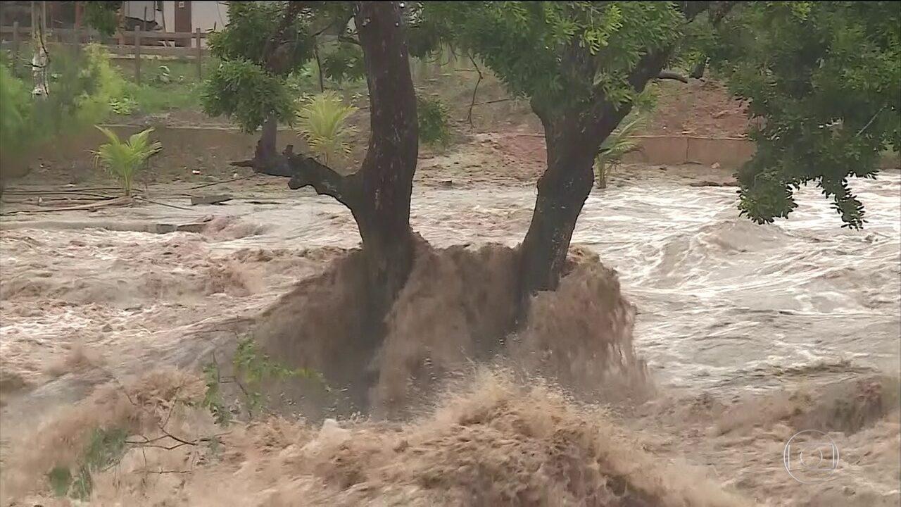 Chuva provoca destruição e a morte de três pessoas no interior de Pernambuco