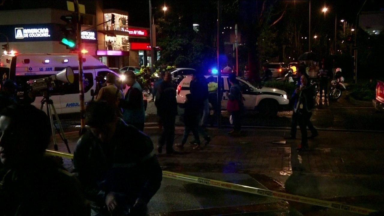 Explosão de bomba em banheiro de shopping deixa 3 mortos em Bogotá