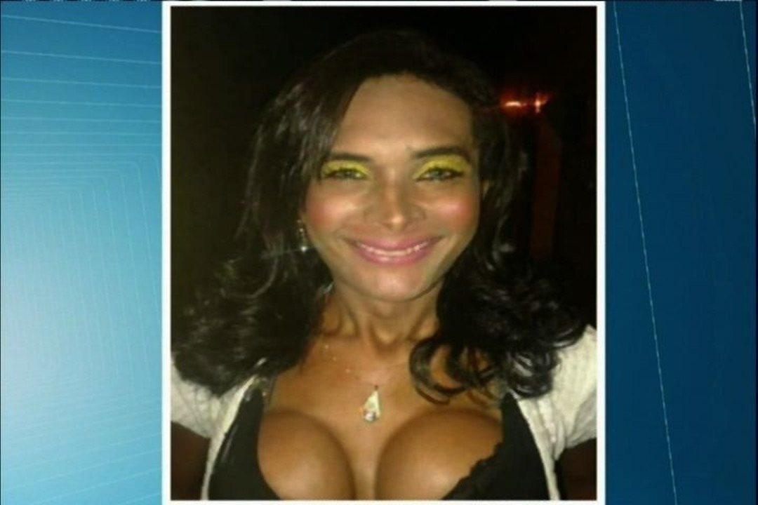 Travesti cearense é encontrada morta em Pernambuco - G1 Ceará - CETV 1ª  Edição - Catálogo de Vídeos fbbd07ff47370