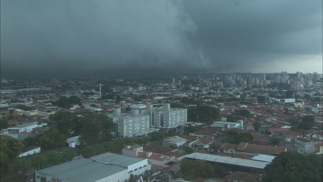 Armario Cama Abatible Ikea ~ Chuva forte causa alagamentos em ruas de S u00e3o Carlos, SP G1 S u00e3o Carlos e Araraquara Jornal da