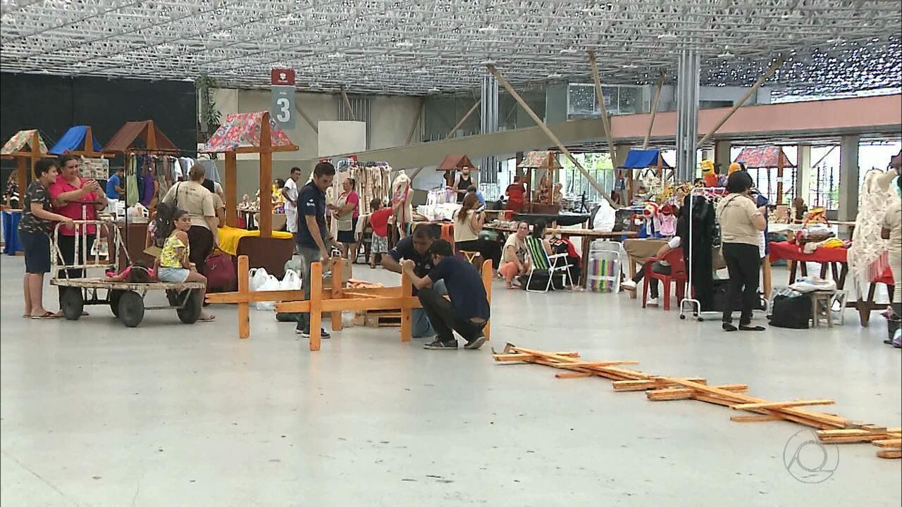 Artesanato Recife Antigo Presidio ~ Artesanato da Paraíba em exposiç u00e3o numa feira natalina, em