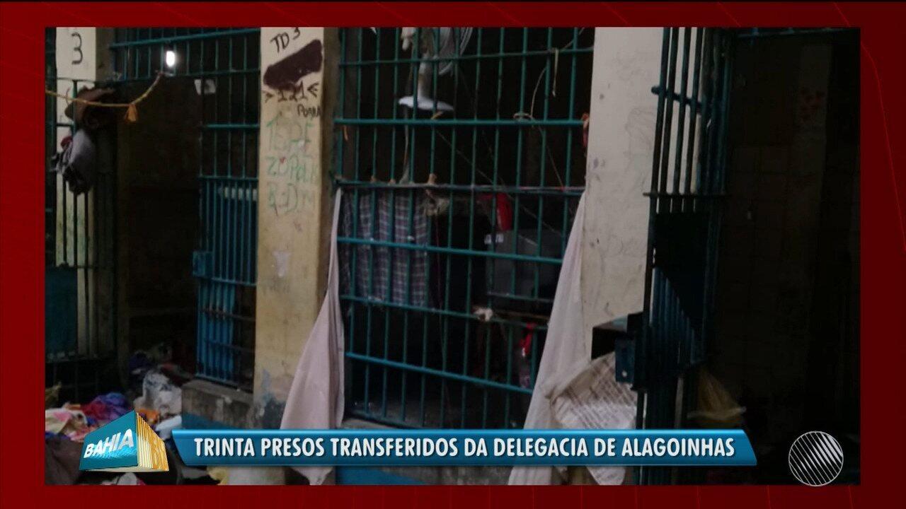 30 presos são transferidos após princípio rebelião na delegacia de  Alagoinhas - G1 Bahia - Bahia Meio Dia - Catálogo de Vídeos 8969857c8fb10