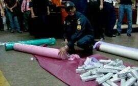 Polícia descobre drogas escondidas em embalagens de suco e latas de tinta