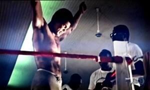 Fãs fazem homenagens ao boxeador Muhammad Ali