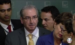 Cunha faz entrevista coletiva nesta terça (21)