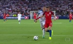 Inglaterra empata com Eslováquia e está nas oitavas de final da Eurocopa