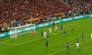Espanha perde para Croácia e pega Itália nas oitavas de final da Eurocopa