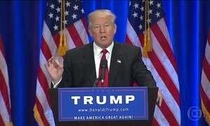 Donald Trump chama Hillary Clinton de ladra e mentirosa