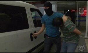 Três terroristas participaram de atentado em Istambul, dizem autoridades