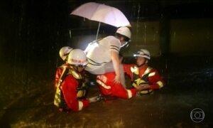 Chuva na China provoca alagamentos e morte de 186 pessoas