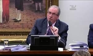 Aliados de Cunha conseguem adiar decisão sobre futuro dele
