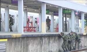 Militares fazem treinamento antiterrorismo no Rio de Janeiro