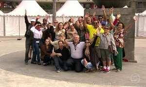 Turistas que chegam para a Olimpíada do RJ aproveitam para curtir a cidade