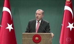 Parlamento turco aprova estado de emergência no país