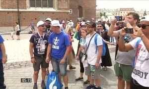 Evento atrai milhares de peregrinos a Cracóvia, na Polônia