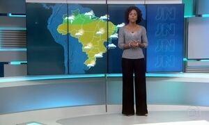 Boa parte do Brasil deve ter clima seco neste sábado (30)