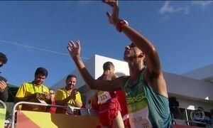 Caio Bonfim garante resultado inédito na prova de 20 km da marcha atlética