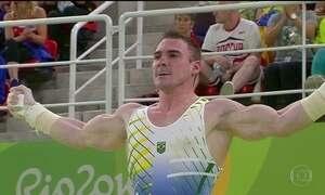 Arthur Zanetti conquista medalha de prata nas argolas