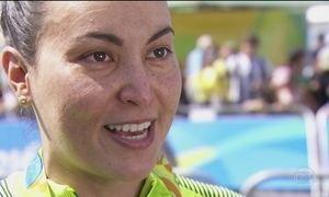 Francesa é punida e Poliana Okimoto leva o bronze na maratona aquática