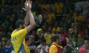Brasil enfrenta Itália pelo ouro no vôlei