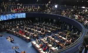Estimativa tem 17 contra o impeachment e 26 a favor